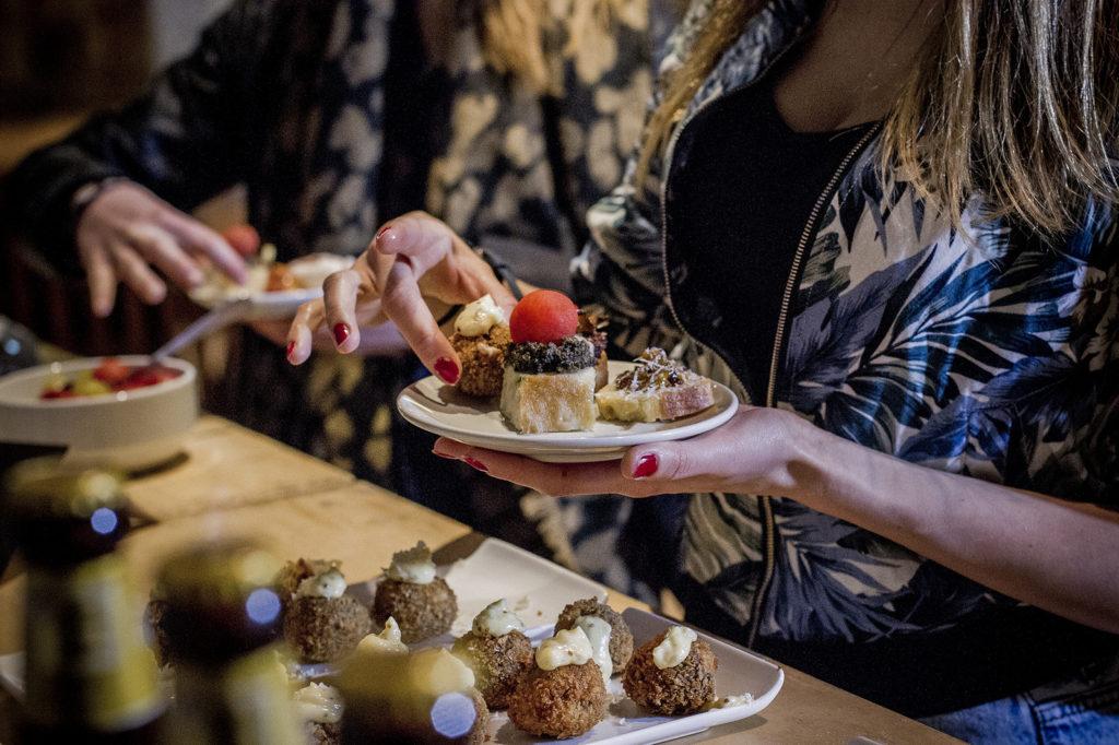 Food blogger, imprenditori di successo. L'influencer e il giornalista: social e deontologia
